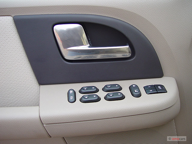Image 2003 Ford Expedition 4 6l Eddie Bauer Door Controls