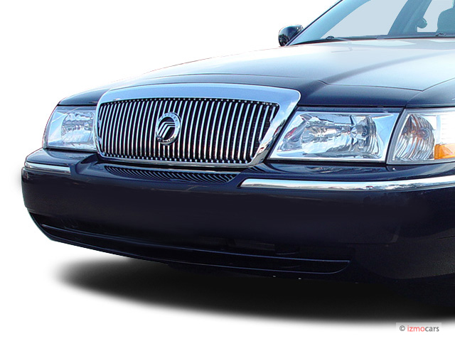 2003 Mercury Grand Marquis 4-door Sedan LS Premium Grille