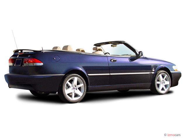 Angular Rear Exterior View - 2003 Saab 9-3 2-door Convertible SE