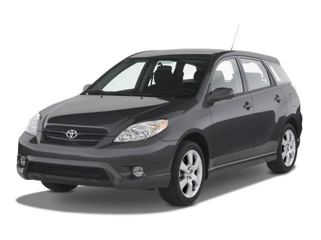 2008 Toyota Matrix 5dr Wagon Auto XR (Natl) Angular Front Exterior View