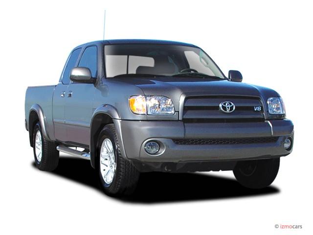 2003 Toyota Tundra AccessCab V8 Ltd (Natl) Angular Front Exterior View