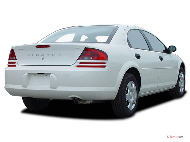 2004 Dodge Stratus 2004 4-door Sedan SE Retail Angular Rear Exterior ...