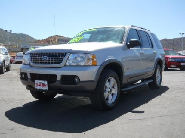 2004 Ford Explorer used car