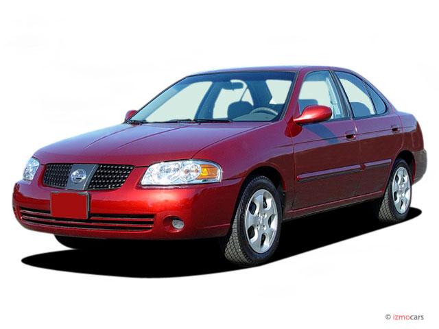 2004 Nissan Sentra 4-door Sedan 1.8 S Auto ULEV Angular Front Exterior View