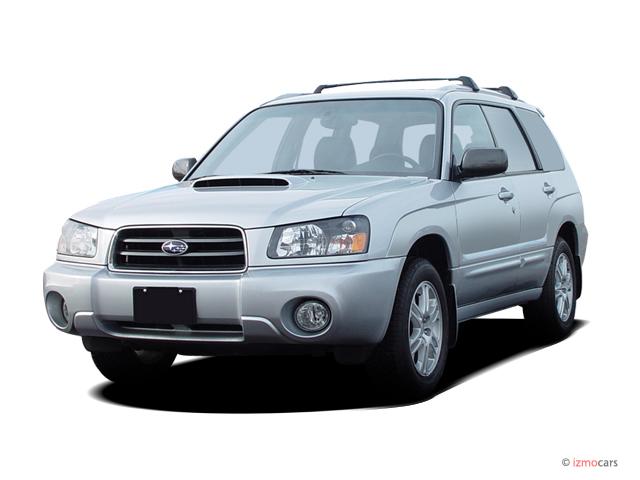 2004 Subaru Forester (Natl) 4-door 2.5 XS Auto w/Premium Pkg Angular Front Exterior View