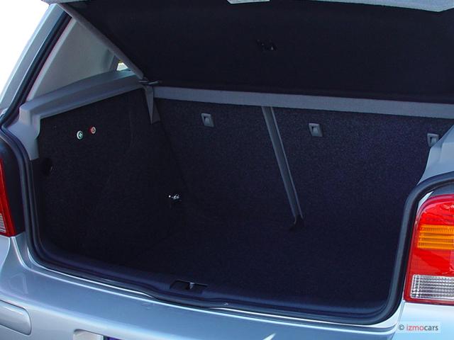 image 2004 volkswagen golf 4 door hb gl tdi manual trunk size 640 x 480 type gif posted on. Black Bedroom Furniture Sets. Home Design Ideas