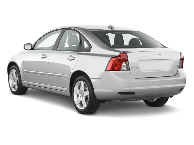 2010 Volvo S40 4-door Sedan Man FWD Angular Rear Exterior View