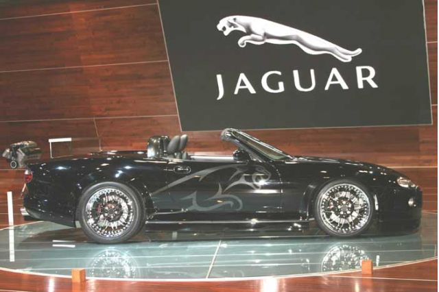 2004 Jaguar XK-RS concept