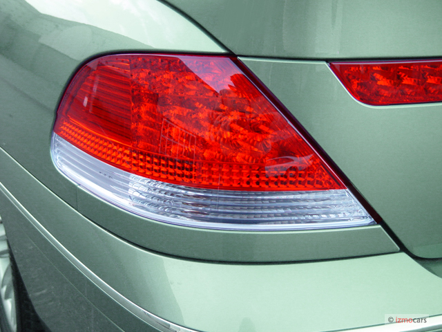 Image 2005 Bmw 7 Series 745li 4 Door Sedan Tail Light