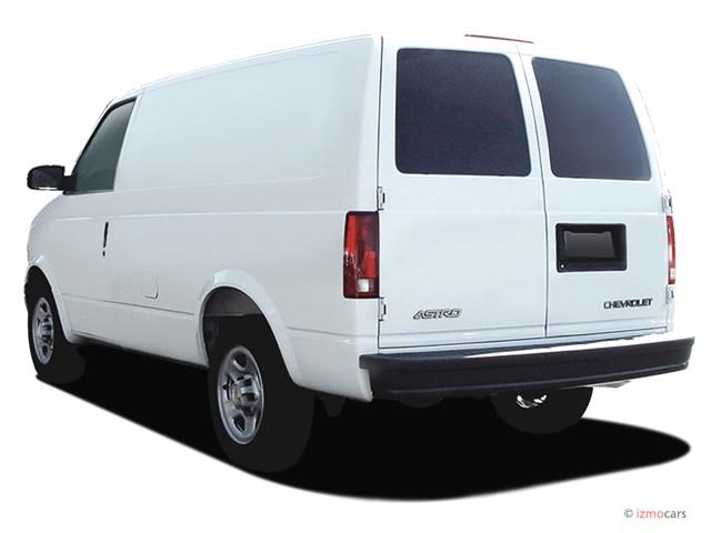 2005 Chevrolet Astro Cargo Van 111.2