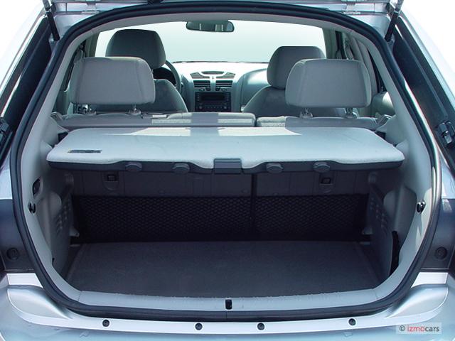 image 2005 chevrolet malibu maxx 4 door sedan ls trunk. Black Bedroom Furniture Sets. Home Design Ideas