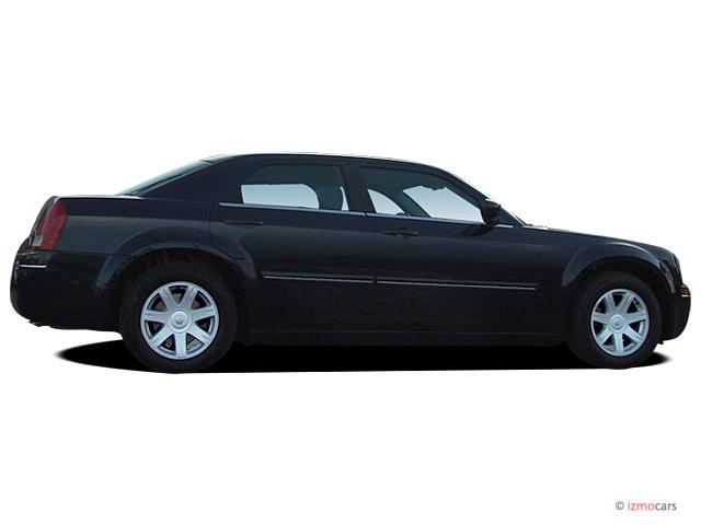 image 2005 chrysler 300 series 4 door sedan 300 touring ltd avail side exterior view size. Black Bedroom Furniture Sets. Home Design Ideas