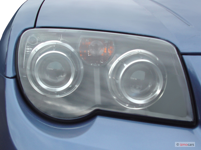 Image: 2005 Chrysler Crossfire 2-door Coupe SRT6 Headlight ...