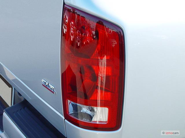 image 2005 dodge ram 1500 2 door reg cab 120 5 wb slt tail light. Black Bedroom Furniture Sets. Home Design Ideas