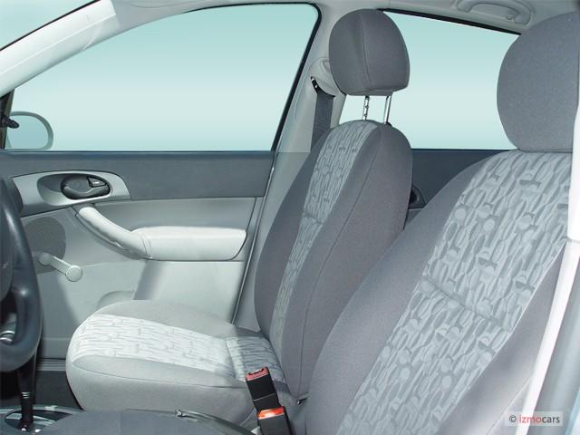 Image 2005 Ford Focus 4 Door Sedan Zx4 S Front Seats