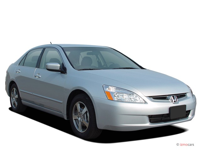 2005 Honda Accord Hybrid IMA AT Angular Front Exterior View