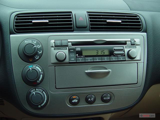 Image: 2005 Honda Civic Hybrid CVT ULEV Instrument Panel ...