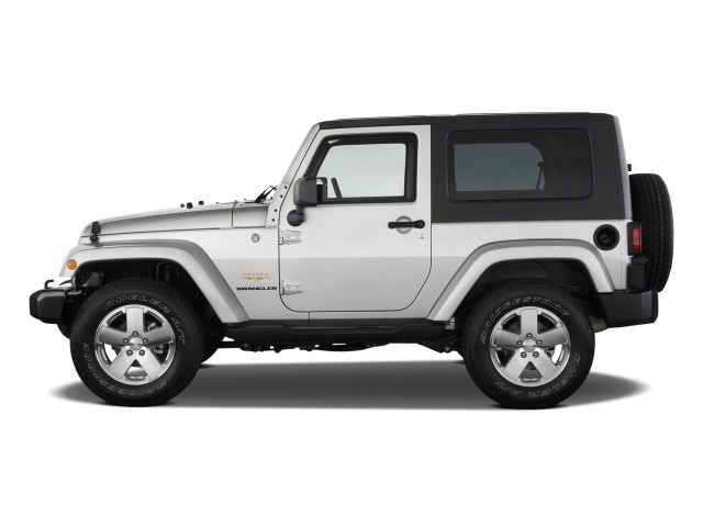 image 2009 jeep wrangler 4wd 2 door sahara side exterior. Black Bedroom Furniture Sets. Home Design Ideas
