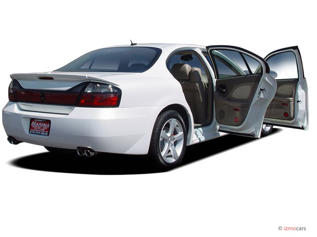 2005 Pontiac Bonneville 4-door Sedan GXP Open Doors