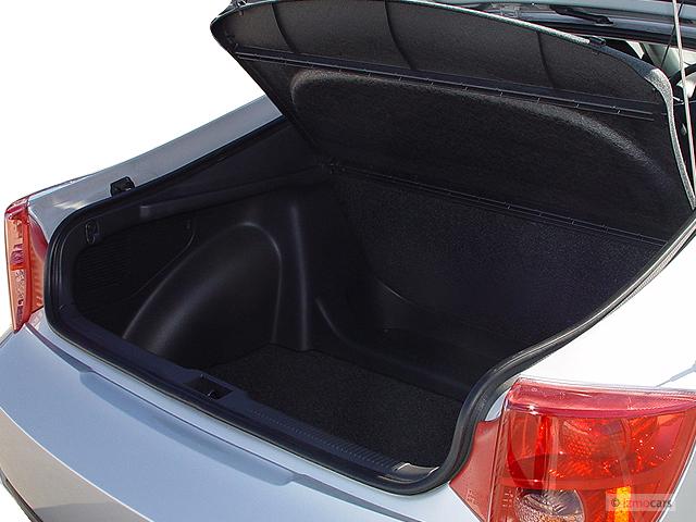 Image 2005 Toyota Celica 3dr Lb Gt Manual Natl Trunk
