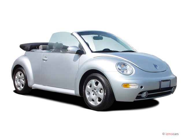 2005 Volkswagen New Beetle Convertible 2-door GL Auto Angular Front Exterior View