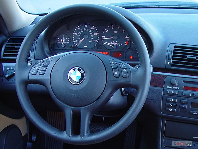 Image 2006 Bmw 3 Series 325ci 2 Door Coupe Steering Wheel