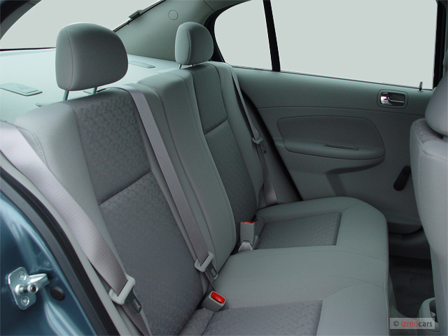 image 2006 chevrolet cobalt 4 door sedan ls rear seats. Black Bedroom Furniture Sets. Home Design Ideas