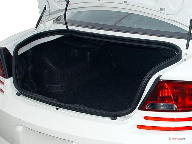 2006 Dodge Stratus Sedan 4-door R/T Trunk
