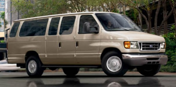 2006 Ford Econoline Wagon XL