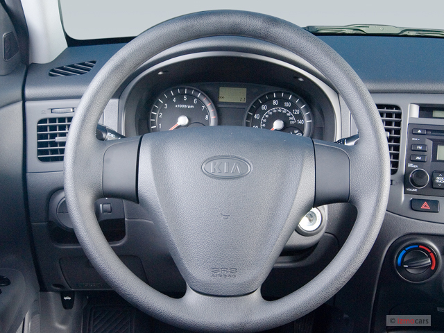image 2006 kia rio 4 door sedan lx auto steering wheel. Black Bedroom Furniture Sets. Home Design Ideas
