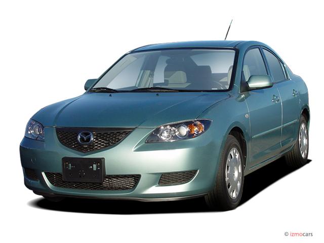 2006 Mazda MAZDA3 4-door Sedan i Manual Angular Front Exterior View
