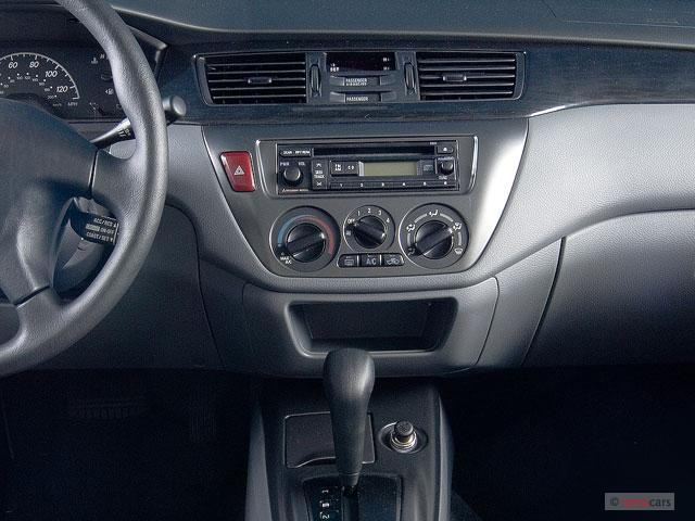 Image  2006 Mitsubishi Lancer 4