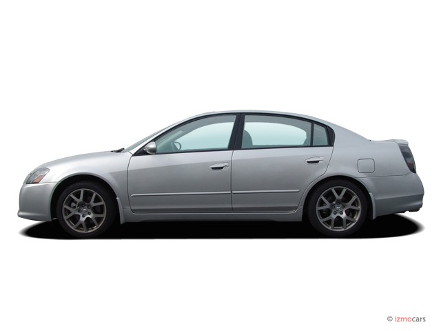 2006 Nissan Altima 4-door Sedan 3.5 SE-R Auto Side Exterior View