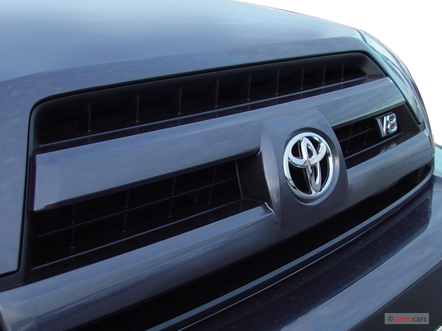 Grille - 2006 Toyota 4Runner 4-door Limited V8 Auto 4WD (Natl)