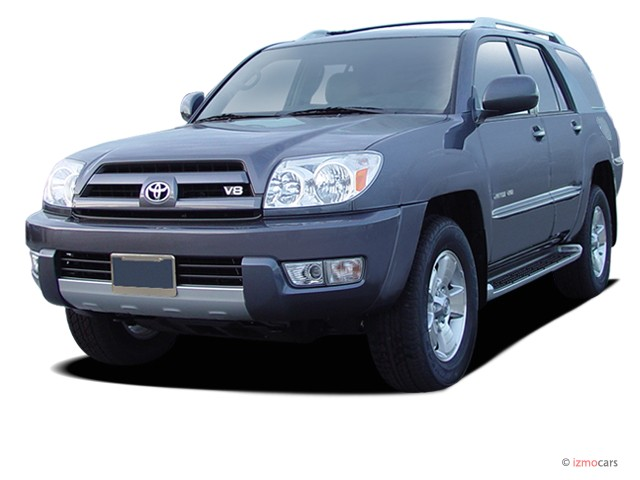 2006 Toyota 4Runner 4-door Limited V8 Auto 4WD (Natl) Angular Front Exterior View