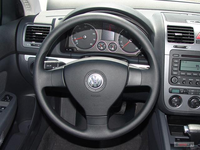 Image 2006 volkswagen jetta sedan 4 door 2 5l auto - 2006 volkswagen passat interior parts ...
