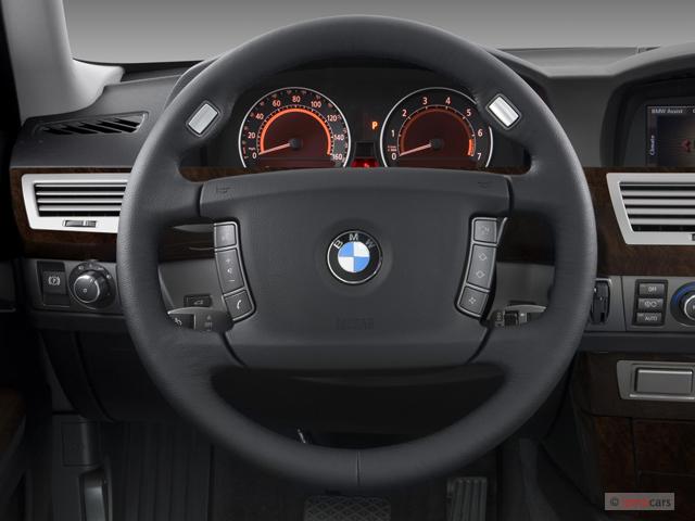 Image 2007 Bmw 7 Series 4 Door Sedan 750li Steering Wheel