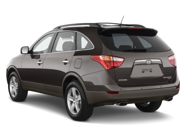 2010 Hyundai Veracruz FWD 4-door Limited Angular Rear Exterior View
