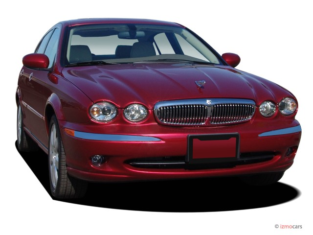 2007 Jaguar X-TYPE 4-door Sedan Angular Front Exterior View