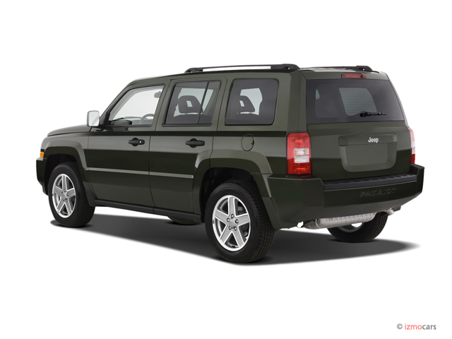 2007 Jeep Patriot 2WD 4-door Sport Angular Rear Exterior View