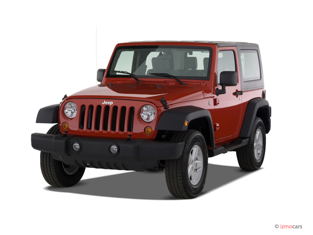 2007 Jeep Wrangler 4WD 2-door X Angular Front Exterior View