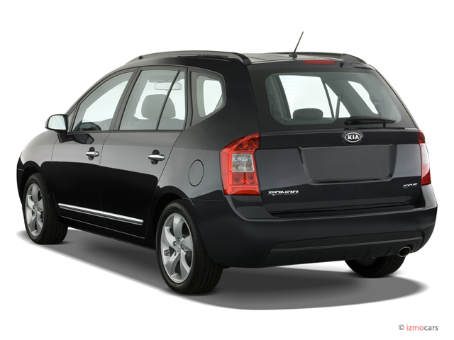 Angular Rear Exterior View - 2007 Kia Rondo 4-door V6 Auto EX