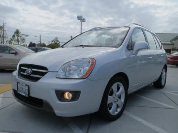 2007 Kia Rondo used car