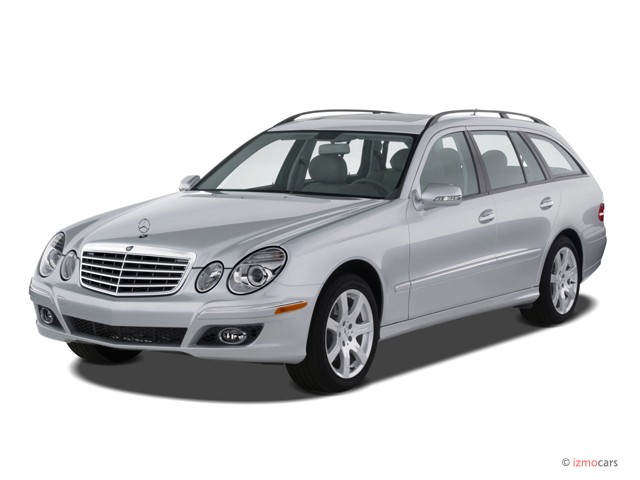 2007 Mercedes-Benz E Class 4-door Wagon 3.5L 4MATIC AWD Angular Front Exterior View