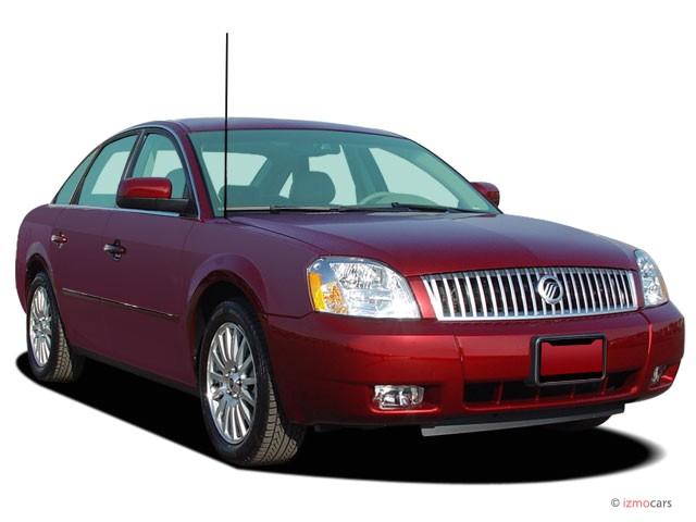 2007 Mercury Montego 4-door Sedan Premier 2WD Angular Front Exterior View
