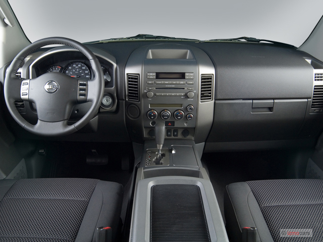 Nissan Armada Wd Door Se Dashboard M on Nissan Cube Interior