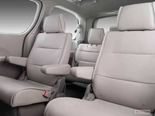 2007 nissan quest vs 2007 toyota sienna the car connection. Black Bedroom Furniture Sets. Home Design Ideas