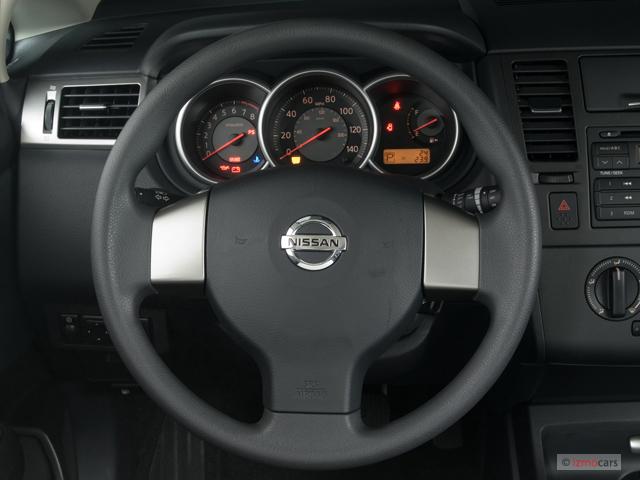 image 2007 nissan versa 5dr hb auto s steering wheel. Black Bedroom Furniture Sets. Home Design Ideas