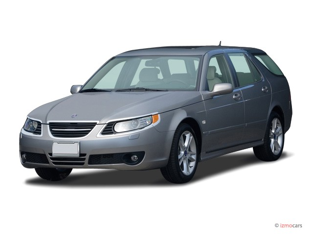 2007 Saab 9-5 4-door Wagon Angular Front Exterior View