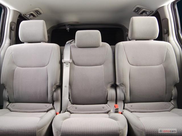 Image 2007 Toyota Sienna 5dr 8 Passenger Van Le Fwd Natl